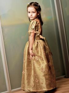 Tütarlapse ballikleit 4